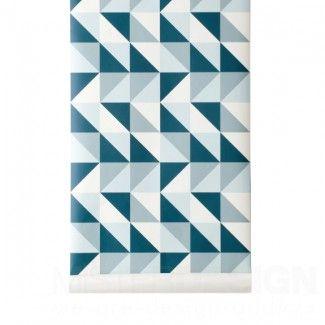 Remix Tapete Petrol - Ferm Living   Remix von Ferm Living ist eine stilvolle Tapete mit grafischem Design. Diese wunderschöne Tapete eignet sich für die unterschiedlichsten Bereiche und ist ausgezeichnet mit den anderen Artikeln aus der Ferm-Living-Kollektion von Trine Andersen kombinierbar. Wallsmart ist ein innovatives Material, das einfacher und schneller anzubringen ist, als konventionelle Tapeten. Nach dem Anstreichen der Wand kann die Tapete einfach aufgeklebt weren.