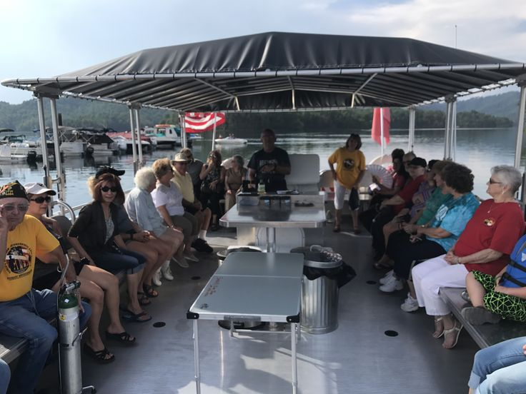 Enjoying an evening cruise with a catered dinner on Summersville Lake with Sarge's Dive Shop & Friends! http://wchstv.com/community/summer-fun-101/summer-fun-101sarges-dive-shop-summersville-lake