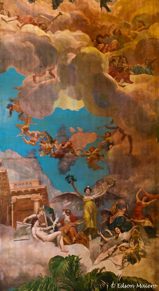 """Teatro Amazonas - Detalhe do teto do Salão Nobre: """"A Glorificação das Bellas Artes na Amazônia"""", de 1899, de autoria de Domenico de Angelis"""