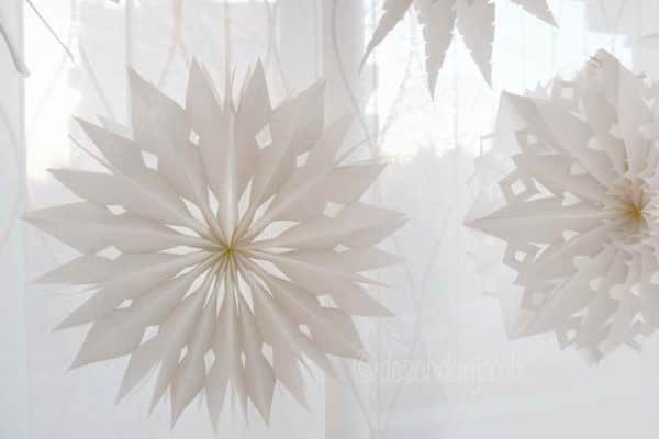 die besten 25 sterne aus papiert ten ideen auf pinterest papiert ten sterne weihnachtsstern. Black Bedroom Furniture Sets. Home Design Ideas