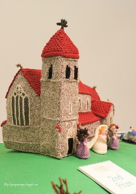 Knitting Patterns For Doll Houses : 323 best images about Crochet / knit miniworld: houses, trees... on Pinterest...