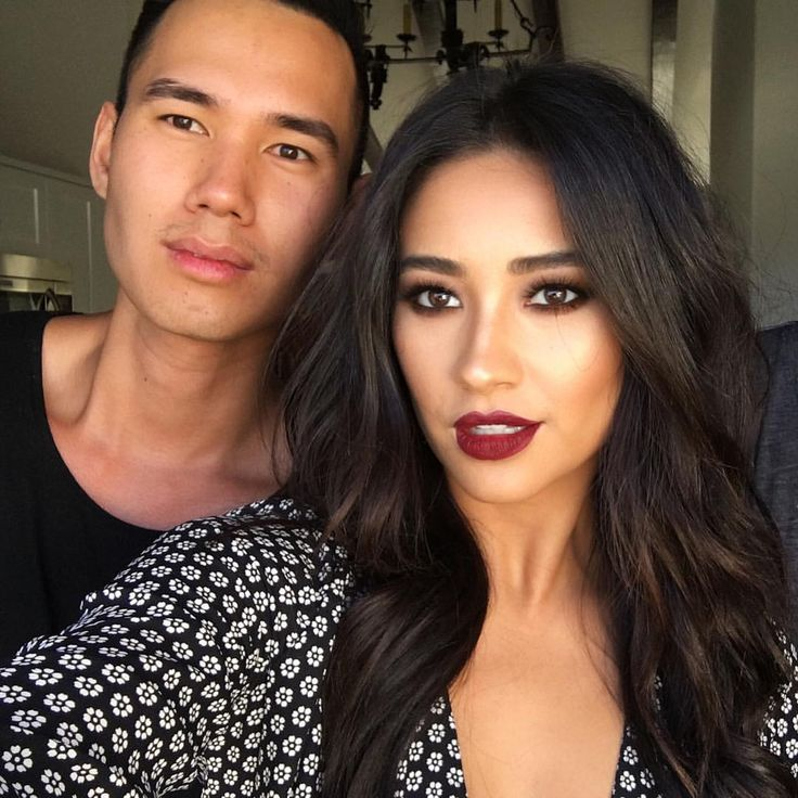 Oh my gosh. He kills her makeup EVERY time. That lip color though, I need it now.