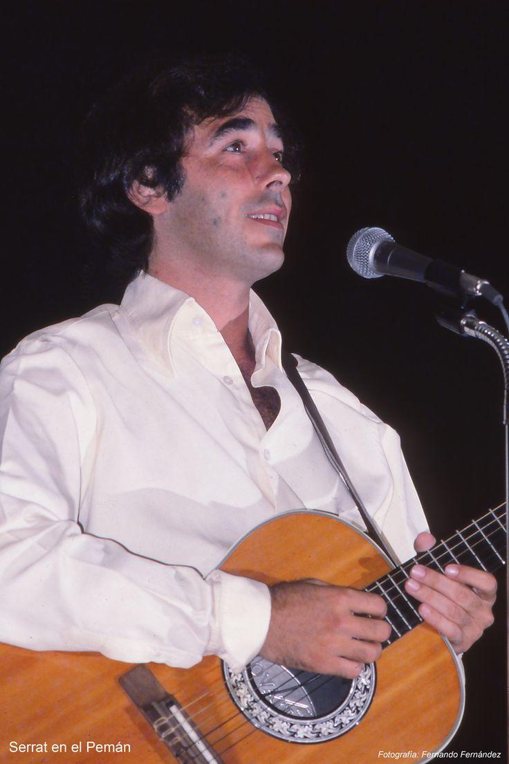 Fotografía de Fernando Fernández, en una de las presentaciones de verano en el Teatro  José María Pemán, en Cádiz.