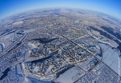 Планета Белгород. 11 февраля 2015 года. Высота 2500 метров над городом.  Фото: Дмитрий Романенко