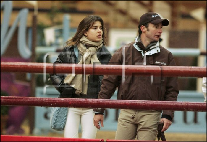 11/20/2004. Charlotte Casiraghi riding at the international jumping of Bois le Roi.