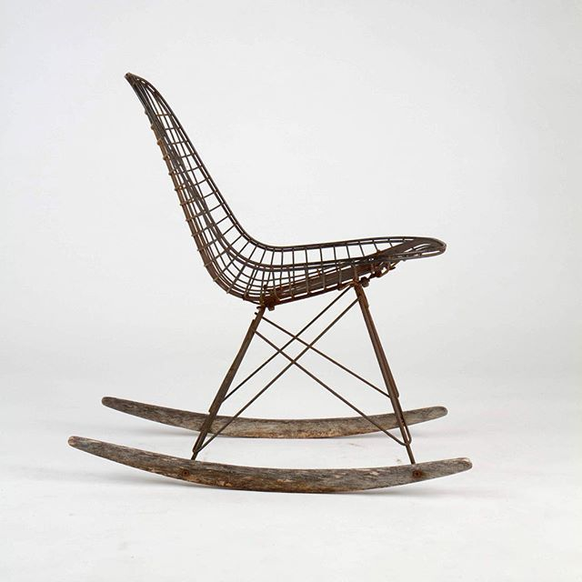 1000 images about charles ray eames on pinterest for Chaise wire eames