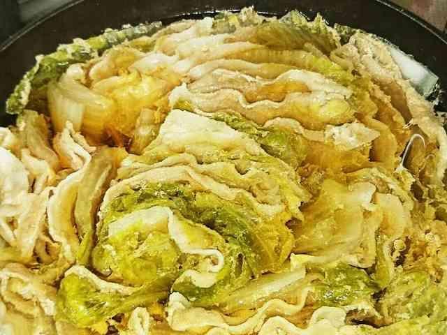 簡単!豚バラと白菜のミルフィーユ鍋の画像