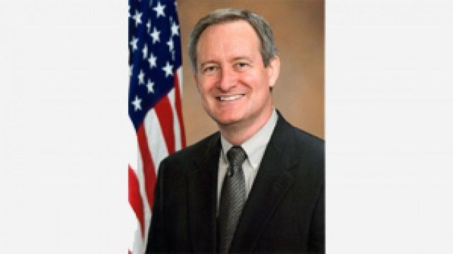 http://thehill.com/people/mike-crapo …  Mike Crapo