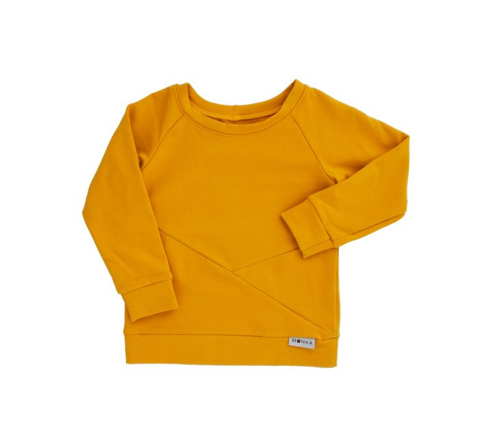 Mustard Triangle is made for cold autumn and winter days. In the hottest color of the season 2016/2017! :)