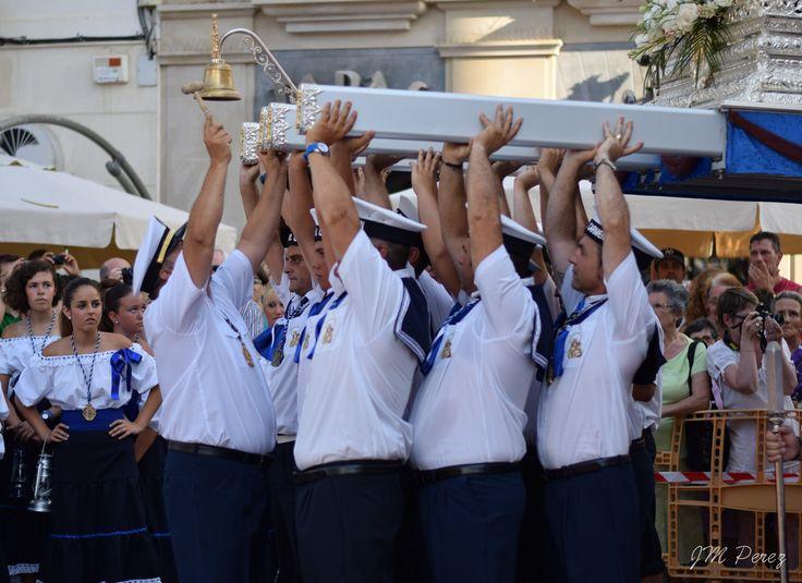 SALIDA DEL CARMEN 2015 Nerja como pueblo a orillas del mar y de orígenes marineros, celebra la festividad de la Virgen del Carmen, patrona de los hombres del mar. #SigoEsperandoQue #FelizMartes #photography #photo #Nerja #VirgenDelCarmen