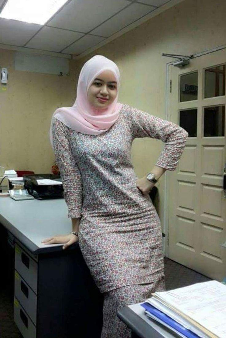 Pin oleh Anam anam di Muslim girls Model pakaian, Model