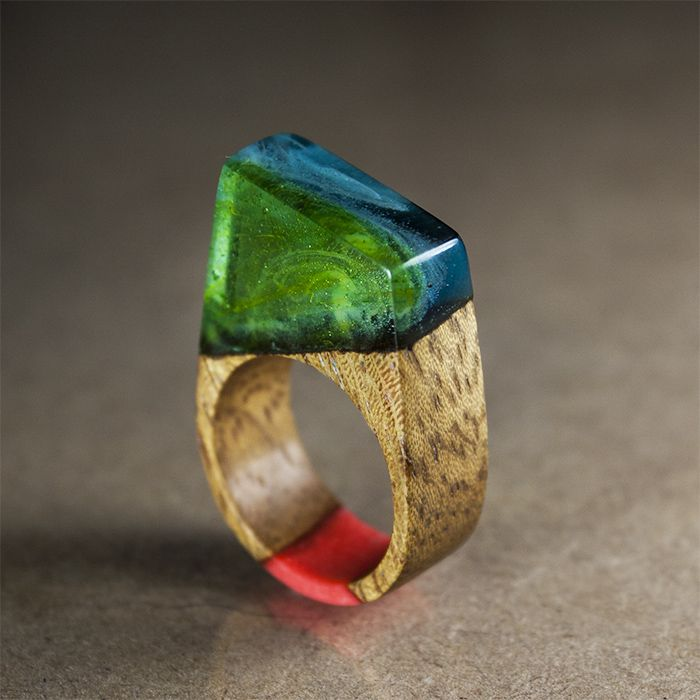 Deep sea and coral. Resin and teak wood ring - Orangerium