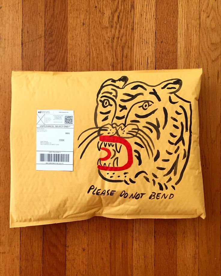 "801 gilla-markeringar, 11 kommentarer - Kristina Micotti (@kristinamicotti) på Instagram: ""Watch your fingers Mr.Postman!  #MICOTTIMAIL #snailmail #packaging #handpainted #tiger #mail…"""