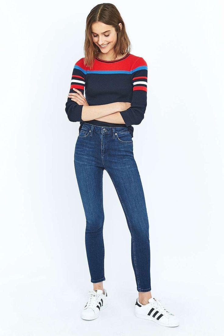 BDG Breeze Mid-Rise Dark Blue Skinny Jeans