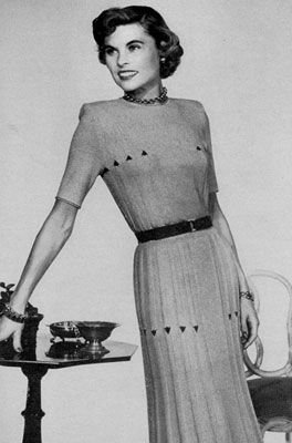 Chevy Chase Skirt & Blouse | Free Knitting Patterns