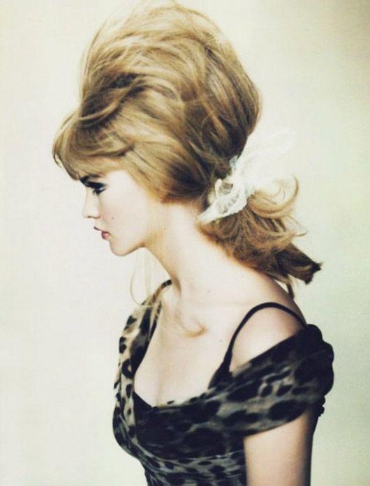 beehive ponytail