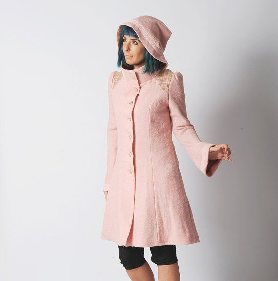 https://www.etsy.com/ca-fr/listing/248287870/manteau-femme-a-capuche-pointue-rose?ref=shop_home_active_22