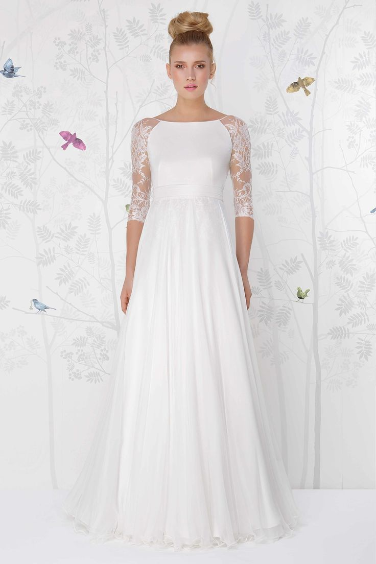 SADONI wedding dress LAYLEE with soft silk jersey top and modern French lace sleeves.