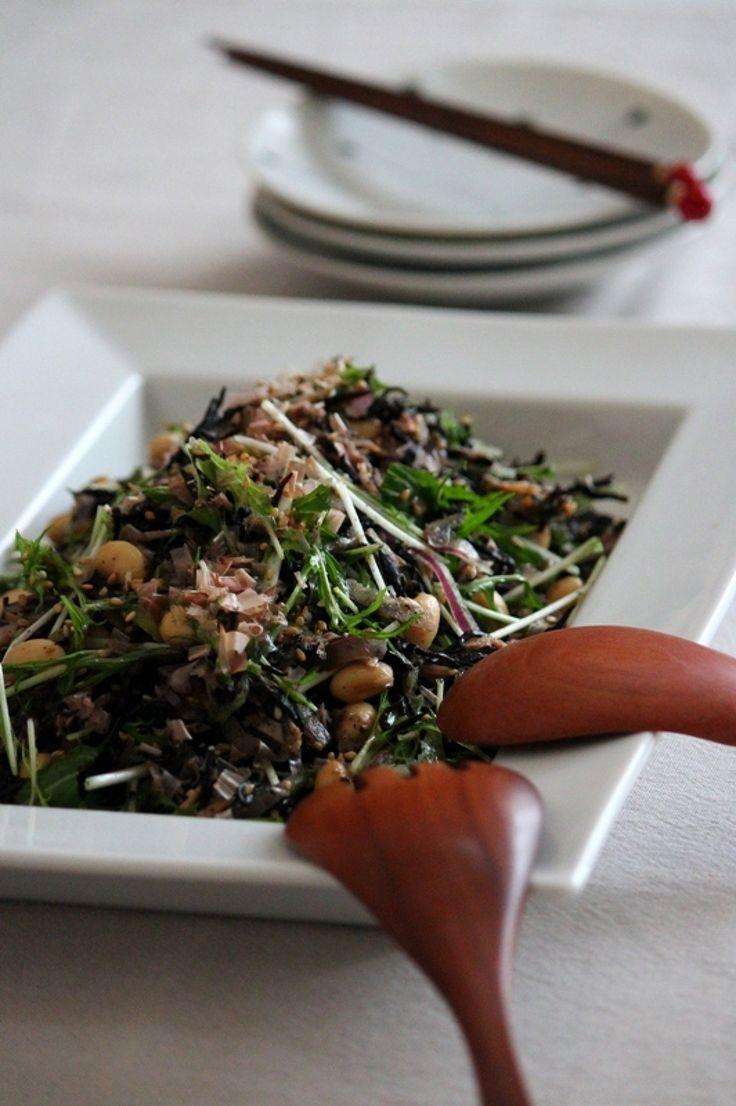ひじきとお豆の8品目サラダ。 by 栁川かおり / ひじきに大豆に胡麻etc...積極的にとりたい食材もたくさん入ったヘルシー簡単和サラダ。これ1品で8品目!…
