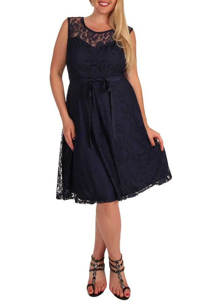 Plus Size Dresses Canada Style With Glamour Touch - http://www.cstylejeans.com/plus-size-dresses-canada-style-with-glamour-touch.html
