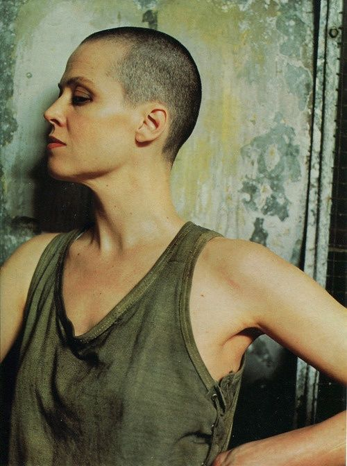 Sigourney Weaver was so hot back in the day. Even when she shaved her head for the Alien movie.