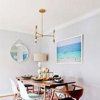 Une salle à manger avec des chaises design pinterest deco inspiration intérieur