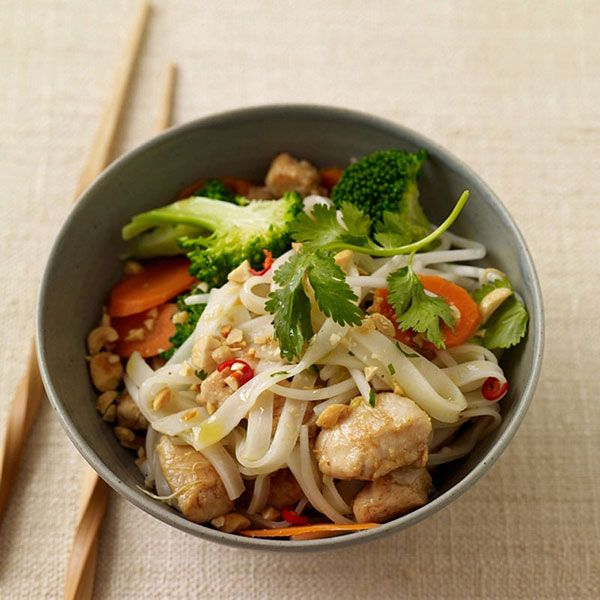 12 best weight watchers images on pinterest weight for Healthy chicken pad thai