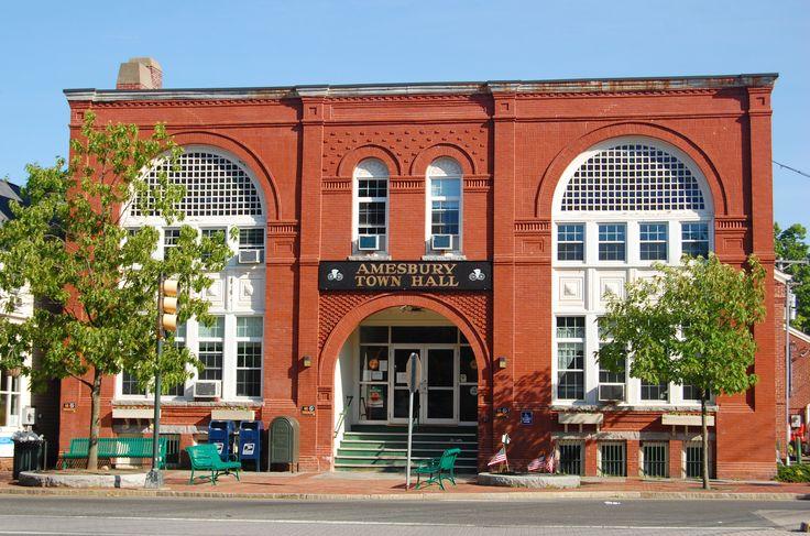 Amesbury, Massachusetts - TOWN HALL
