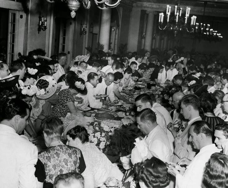 Amazing Midcentury Photographs of Havana  Best of Web Shrine EARLY 1950's