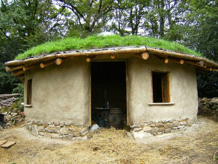 Round House With Green Roof Straw Bale Cob Earth Bag