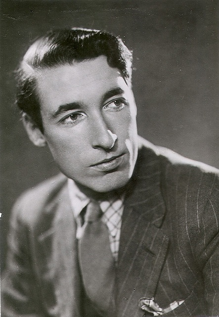 Louis MacNeice, my favourite poet ever (and an extremely attractive man;)