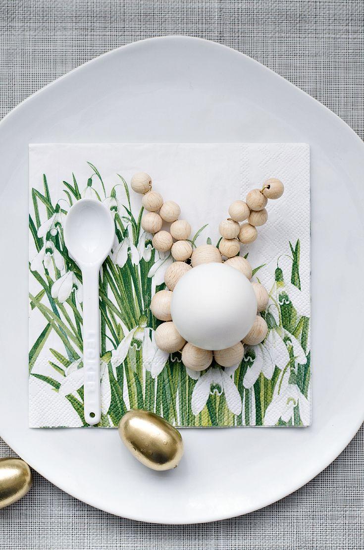 s i n n e n r a u s c h: [Nachmachtipp] Schlichte Eierhalter aus Holzkugeln Ein Must-have für Ostern