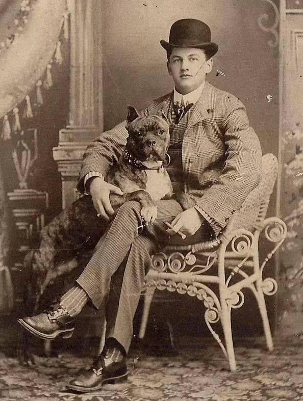Bóxer 1900-colección C.H.