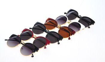 2013 Новая мода Винтаж Cat Eye Солнечные очки женщин Ретро Круглые очки для женщин Модные аксессуары