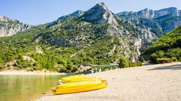 Las Gargantas de Verdon - Sur de Francia  http://aristofennes.com/las-gargantas-de-verdon-gorges-vacaciones-en-sur-de-francia/