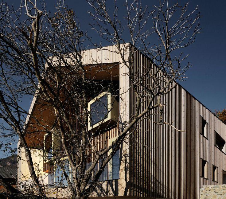 Landmann Farmhouse by MODUS ARCHITECTS
