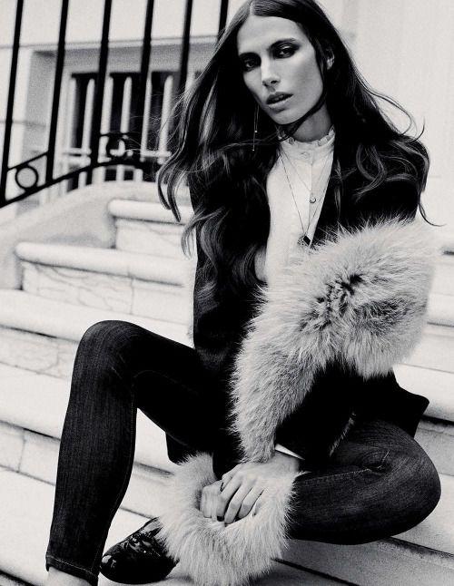 Elle Italia November 2014 Featuring: Jessica Miller Photographer: David Burton Fashion Editor: Carola Bianchi