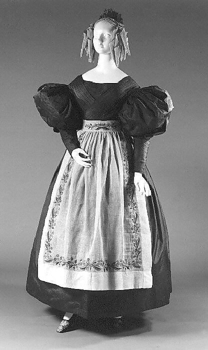 Dress, 1832, American, silk, cotton. Met  i may or may not be more excited to be a costume and set design girl instead of auditioning