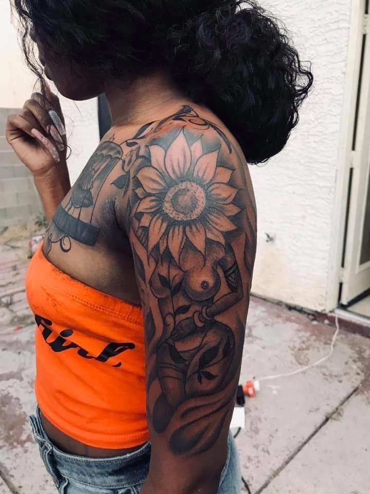 Half Sleeve Tattoo Designs Lower Arm Halfsleevetattoos In 2020 Stylist Tattoos Black Girls With Tattoos Unique Half Sleeve Tattoos