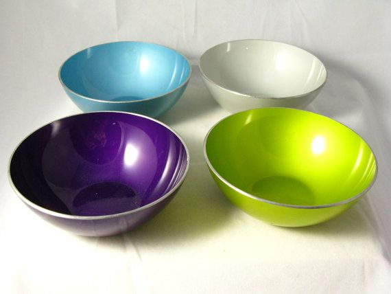 Set of 4 Mid Century Emalox Norway Enamel Bowls by AZCindy on Etsy. Love the colors!!!