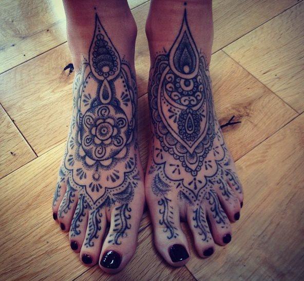 Mehndi inspired feet. #boffkonkerz #tattoo #mehndi #henna #tattooedfeet #dotwork #blackwork