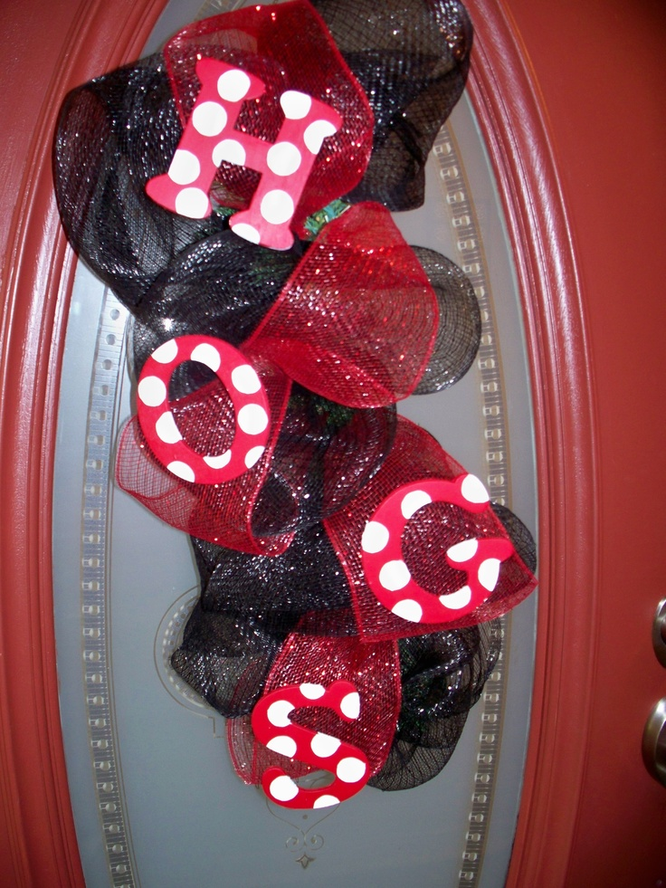 HogSwag for Razorback Football Season! #wreath #craft #hogs #razorback #ribbon wreath