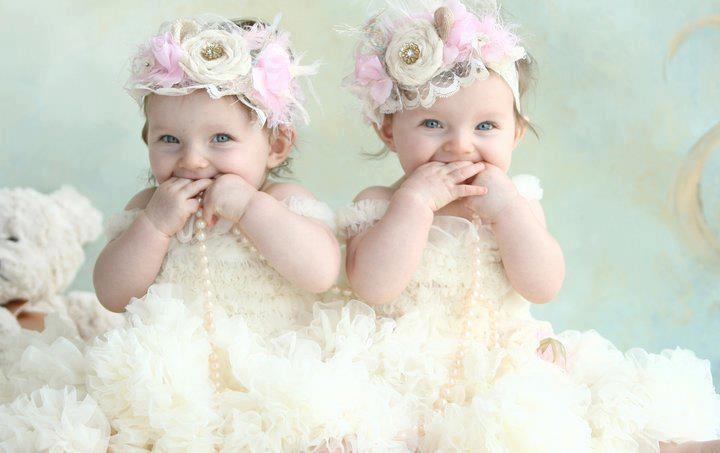 Oh my gosh.... I want twin girls sooooo bad