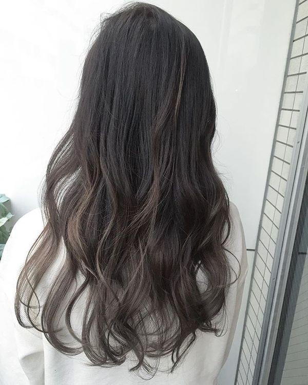 黒髪のグラデーションはカラーで決まる!エキゾチックなスタイル別6選!|WELQ [ウェルク]