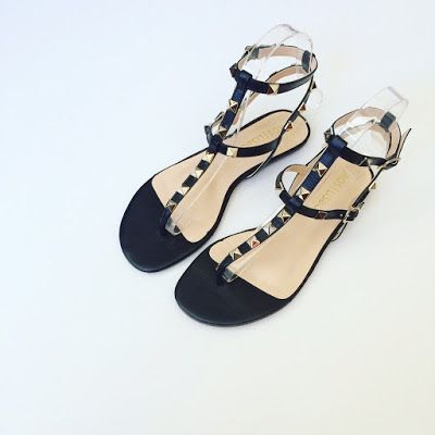 Sandálias rasas, já só falta o calor!