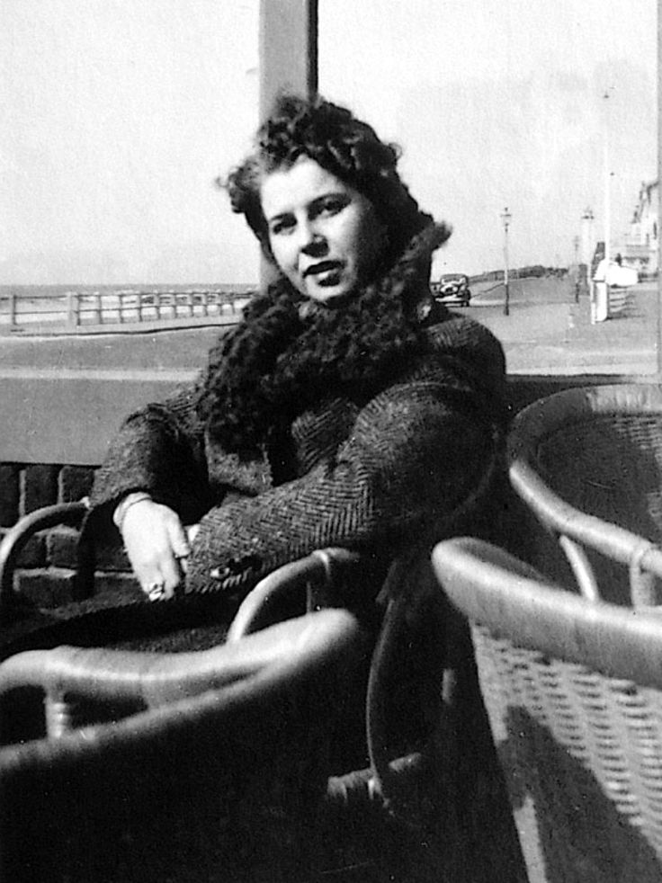 Charlotte Kaletta was the non-jewish fiancée of Fritz Pfeffer (also known as Albert Dussel), the roommate of Anne Frank while in hiding. Charlotte married Fritz Pfeffer posthumously in 1953 and remained devoted to his memory all her life.