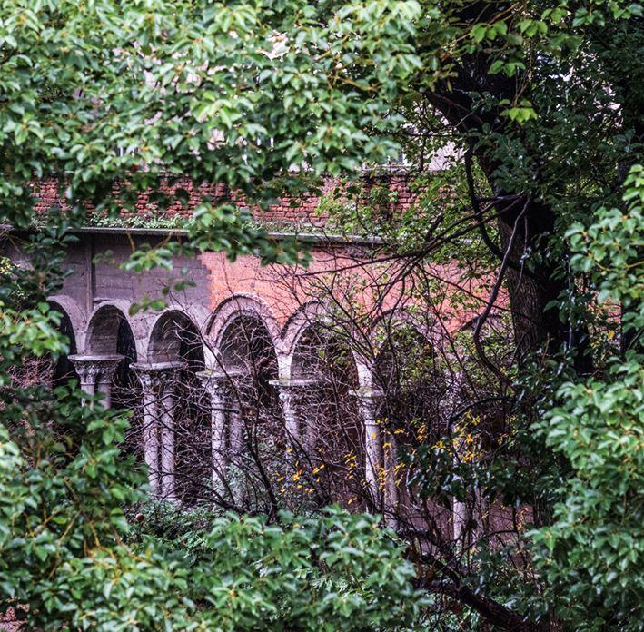Los Jardines, Patios y Galerías