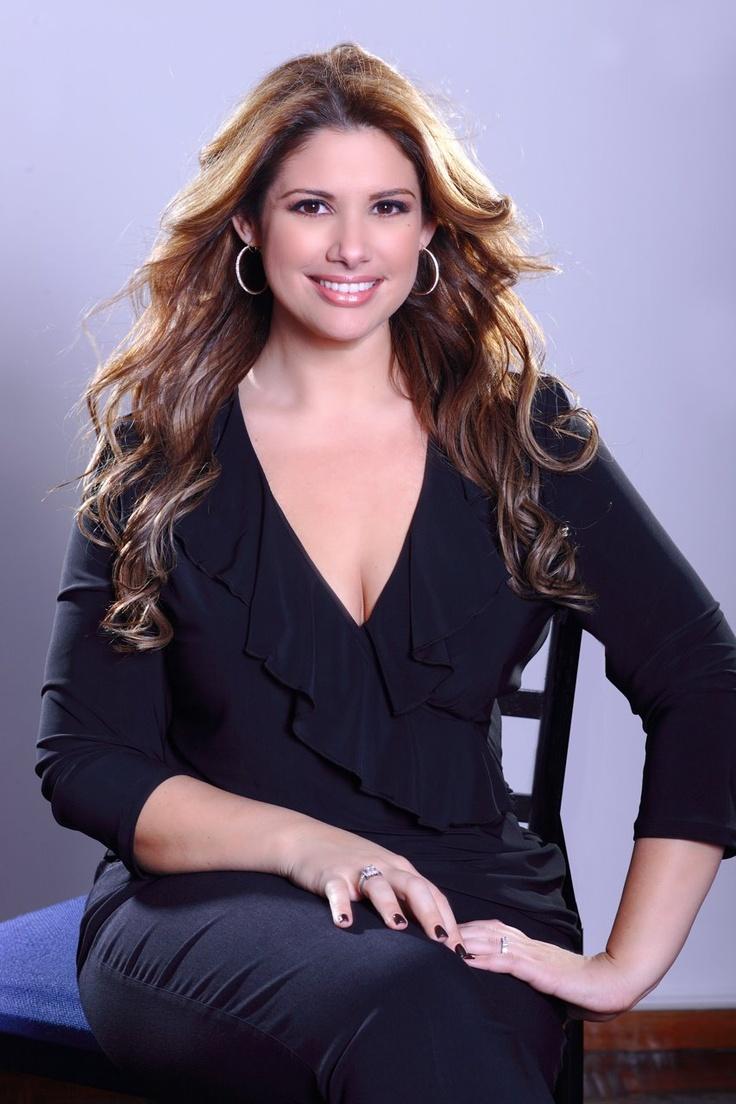 Alessandra Rampolla - Vocero Newspaper Puerto Rico, Sexologist, International Public Figure, Author. Hair by www.lestermiranda.com