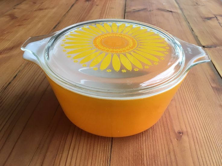 A personal favourite from my Etsy shop https://www.etsy.com/au/listing/508944971/vintage-pyrex-daisysunflower-casserole