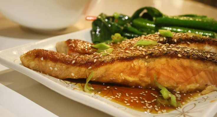 Sake glazed salmon with Asian greens | Low fat and easy weeknight recipe | Low Cholesterol Living